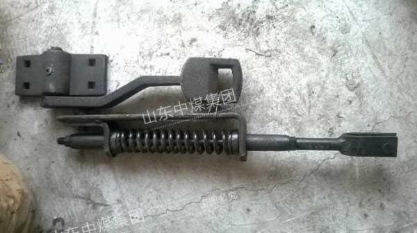卧式扳道器